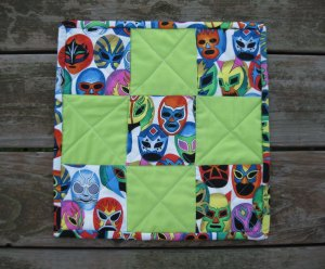 Ta-da!  Finished quilted placemat.